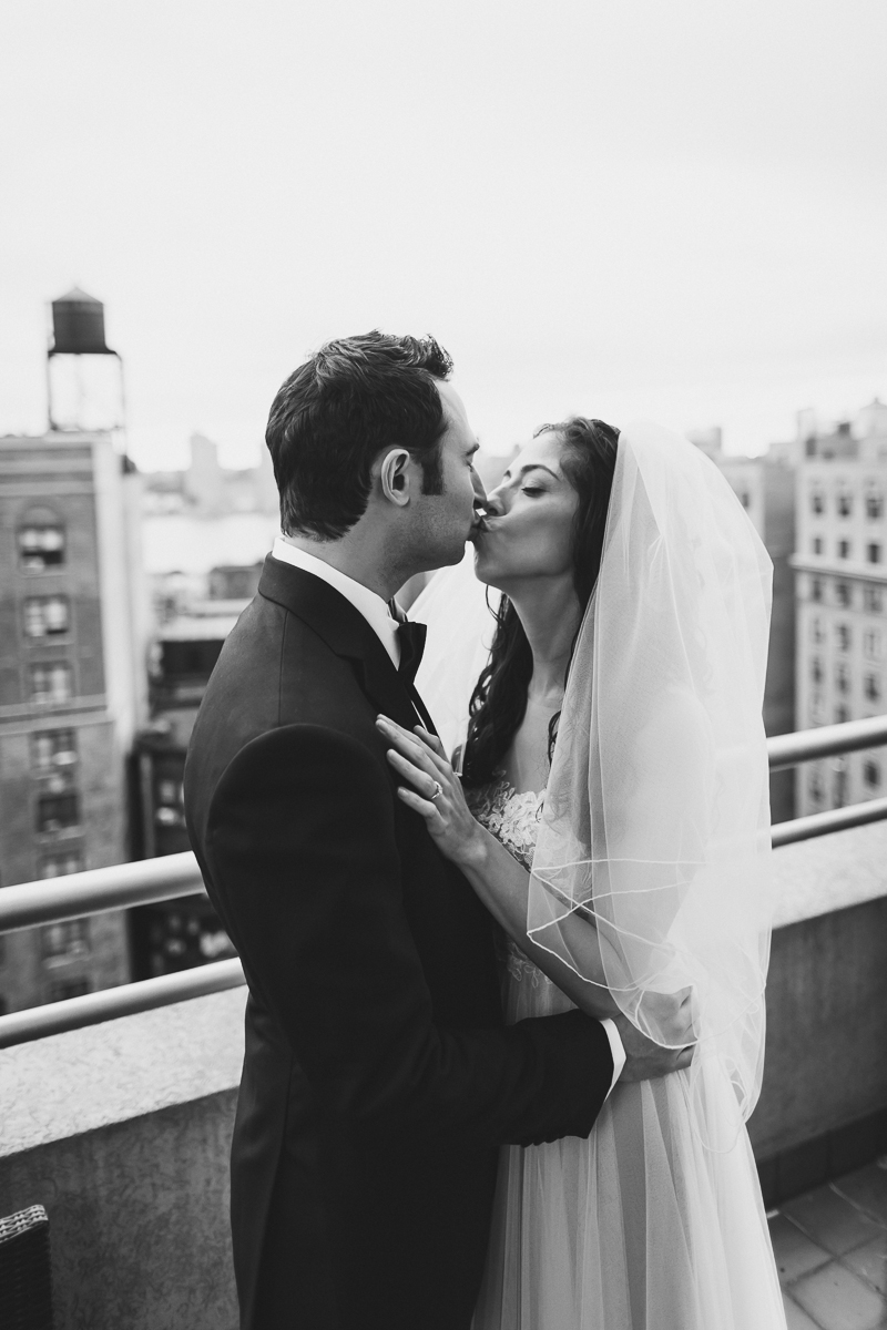Isabellas-Restaurant-Intimate-Wedding-New-York-City-Documentary-Photography-57.jpg