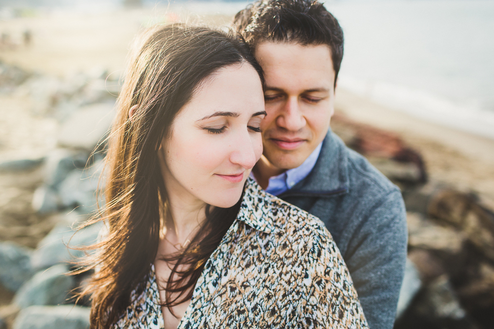 San-Francisco-Engagement-Session-Presidio-crissy-field-wedding-photographer-23.jpg