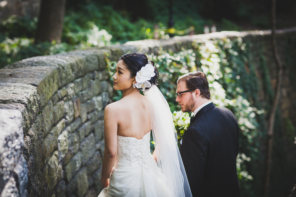 Fort-Tryon-Park-Wedding-Photos-New-York-Documentary-Wedding-Photographer-6.jpg
