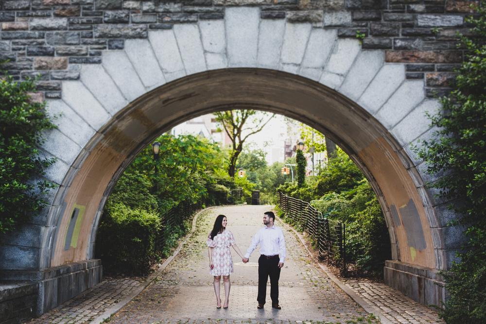 New-York-Manhattan-The-Carl-Schurz-Park-Engagement-Photos-NYC-Wedding-Photography-13.jpg