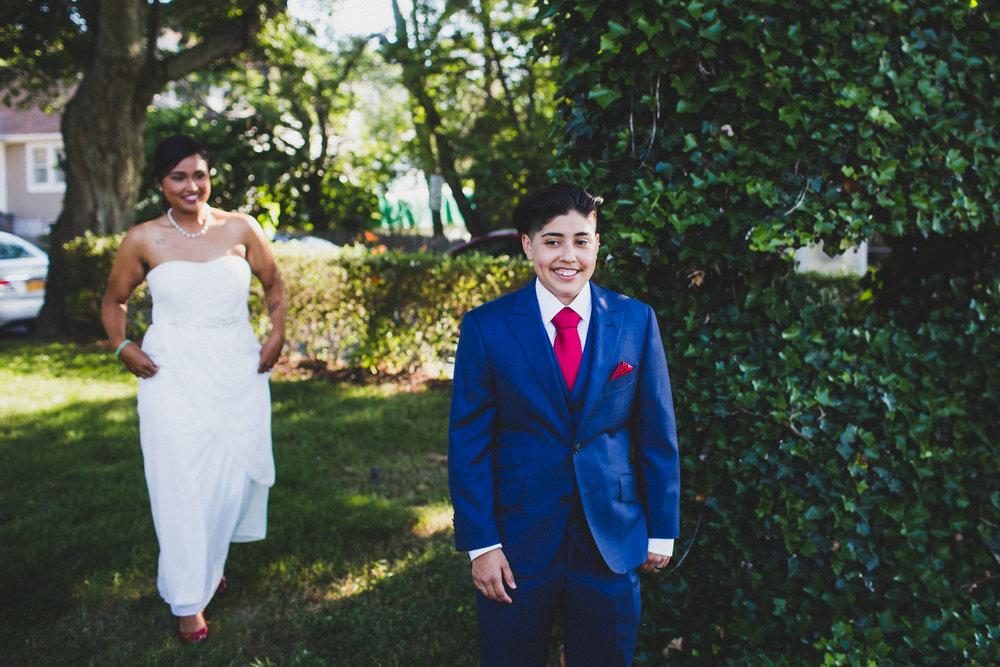 Long-Island-Documentary-Wedding-Photographer-Avalon-Park-Wedding-Photos-7.jpg