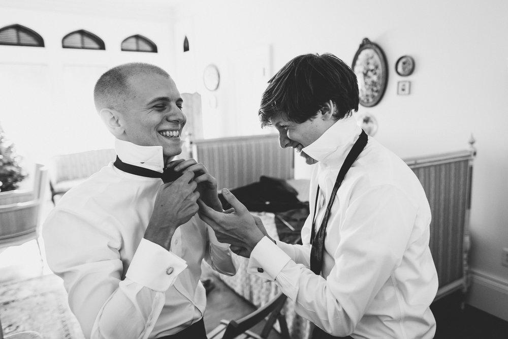 Ventfort-Hall-Lenox-Massachusetts-Documentary-Wedding-Photographer-10.jpg