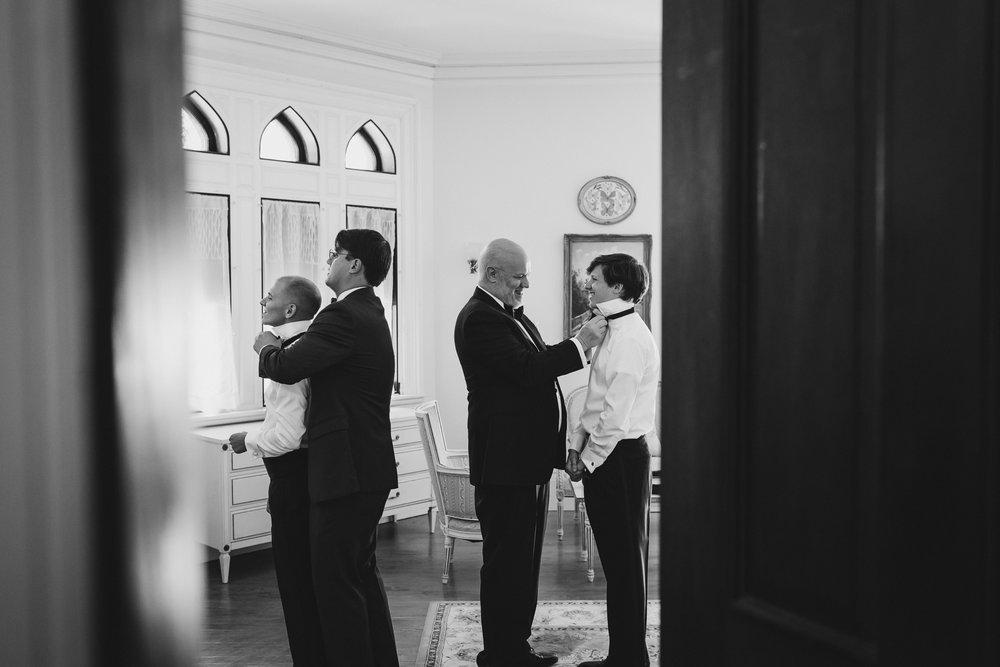 Ventfort-Hall-Lenox-Massachusetts-Documentary-Wedding-Photographer-12.jpg