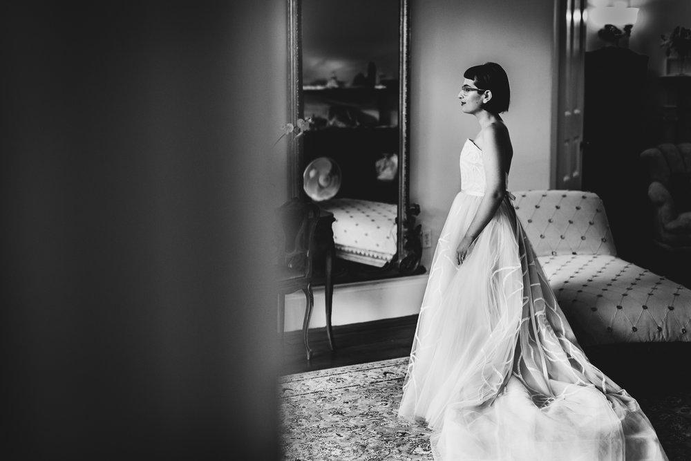 Ventfort-Hall-Lenox-Massachusetts-Documentary-Wedding-Photographer-15.jpg