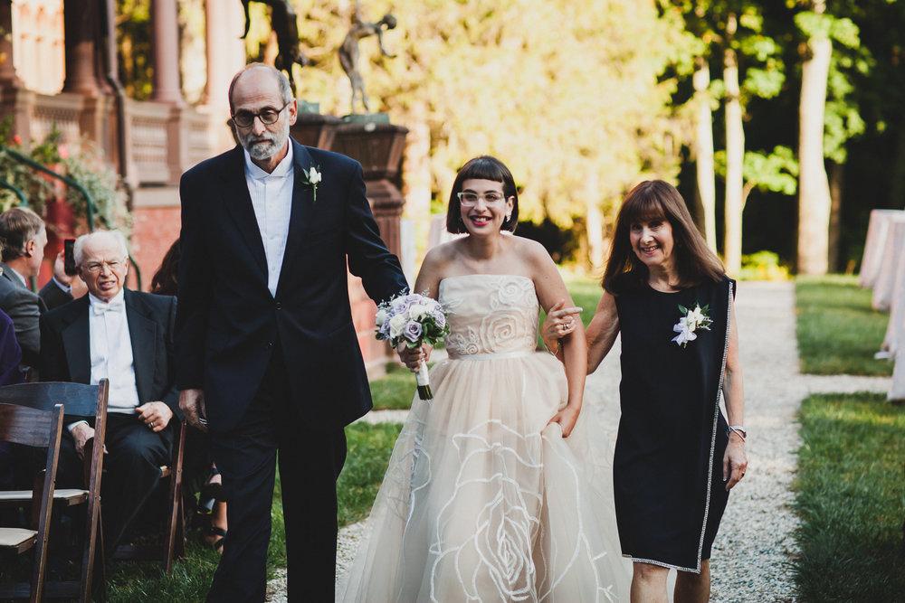 Ventfort-Hall-Lenox-Massachusetts-Documentary-Wedding-Photographer-22.jpg