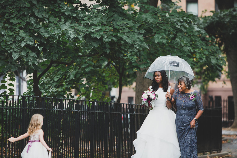 t.b.d-brooklyn-bar-mccarren-park-ceremony-laid-back-documentary-wedding-photographer-mia-chad-29.jpg
