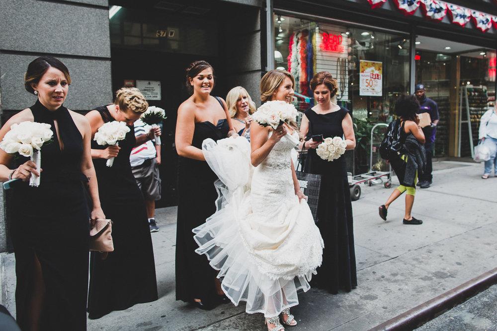 New-York-Central-Park-Loebs-Boat-House-NYC-Documentary-Wedding-Photographer-8.jpg