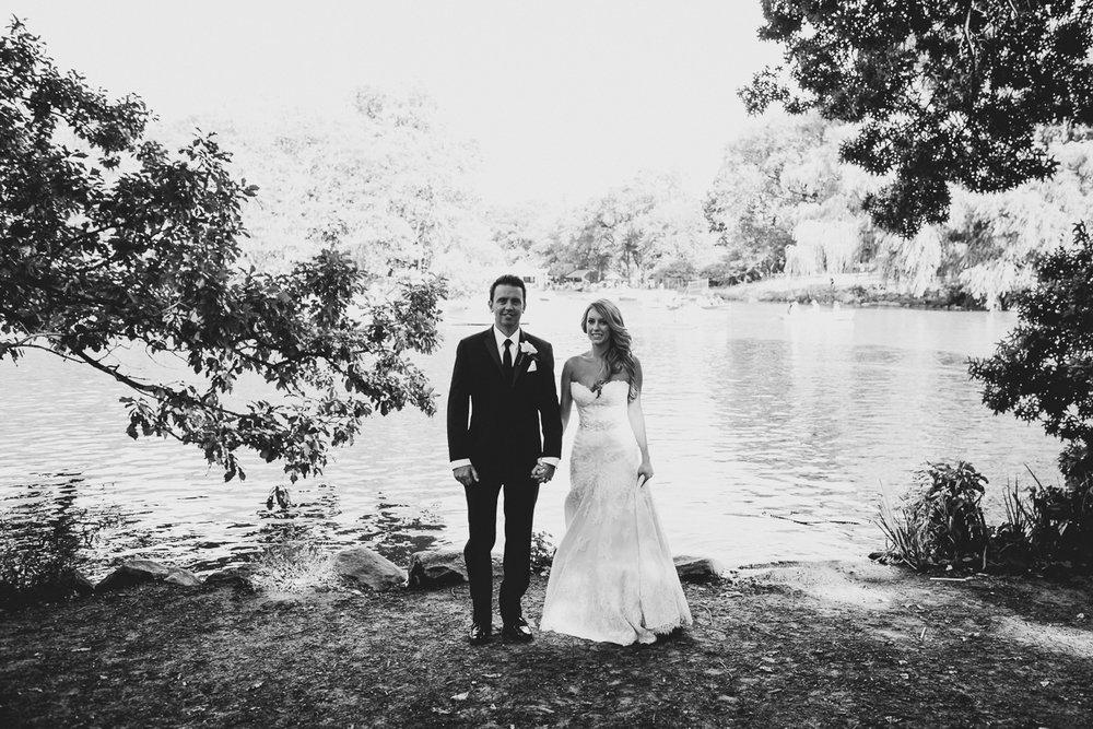 New-York-Central-Park-Loebs-Boat-House-NYC-Documentary-Wedding-Photographer-21.jpg