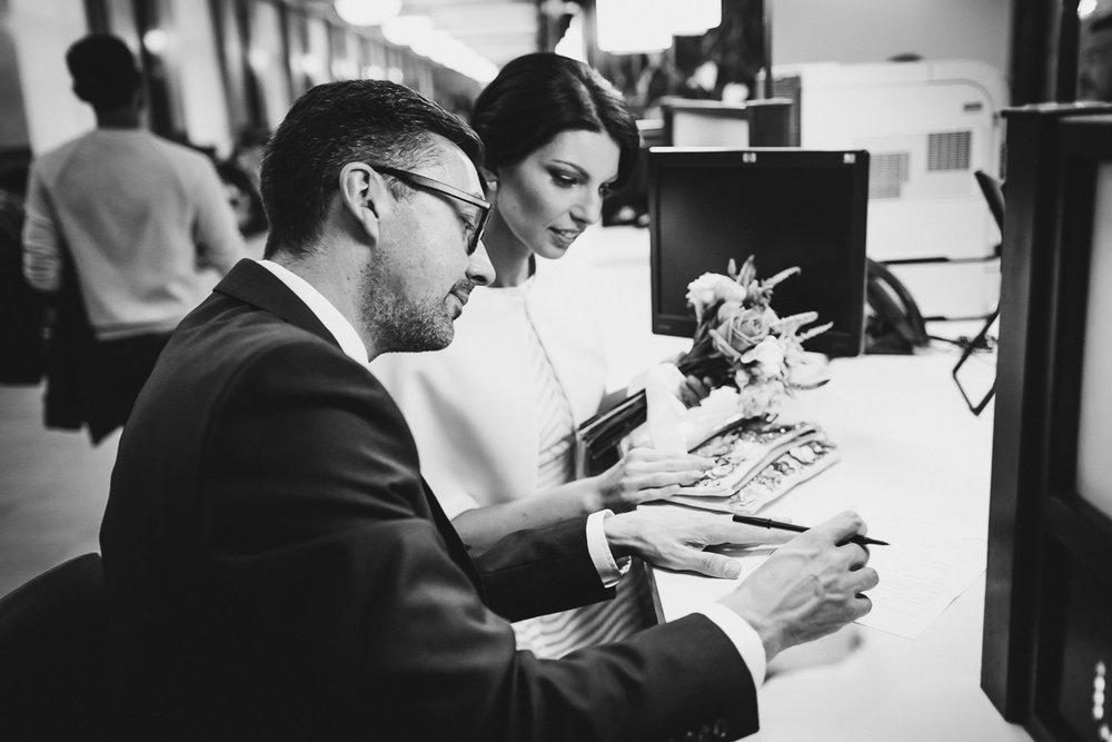 New-York-City-Hall-Elopement-Documentary-Wedding-Photographer-NYC-16.jpg
