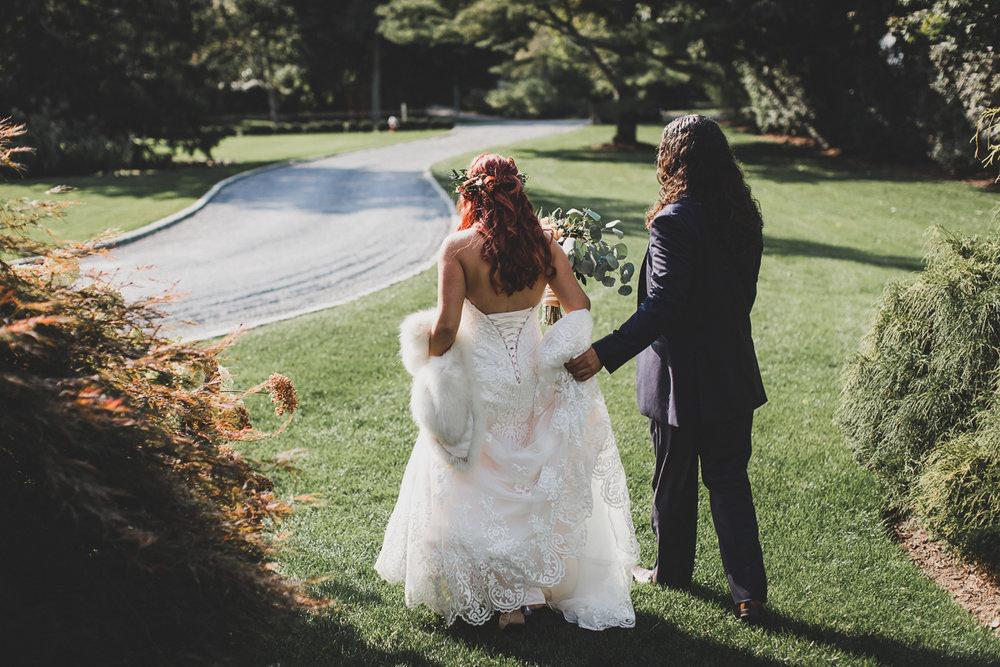 Jedediah-Hawkins-Inn-Documentary-Wedding-Photographer-Long-Island-44.jpg