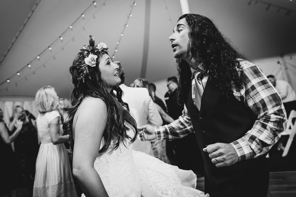 Jedediah-Hawkins-Inn-Documentary-Wedding-Photographer-Long-Island-109.jpg