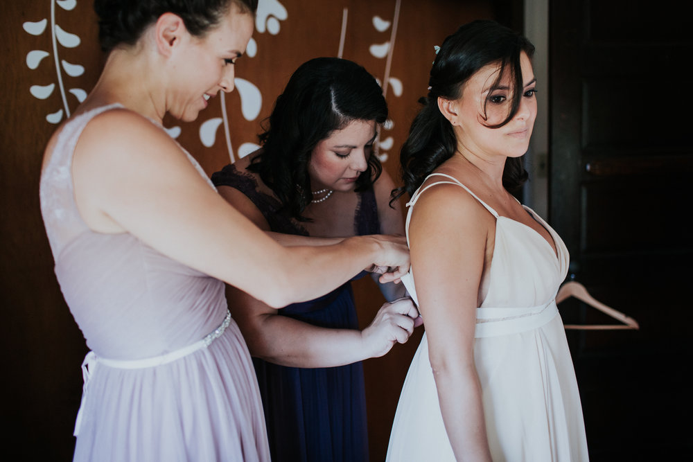 Long-Island-North-Fork-Intimate-Backyard-Wedding-Documentary-Wedding-Photography-11.jpg