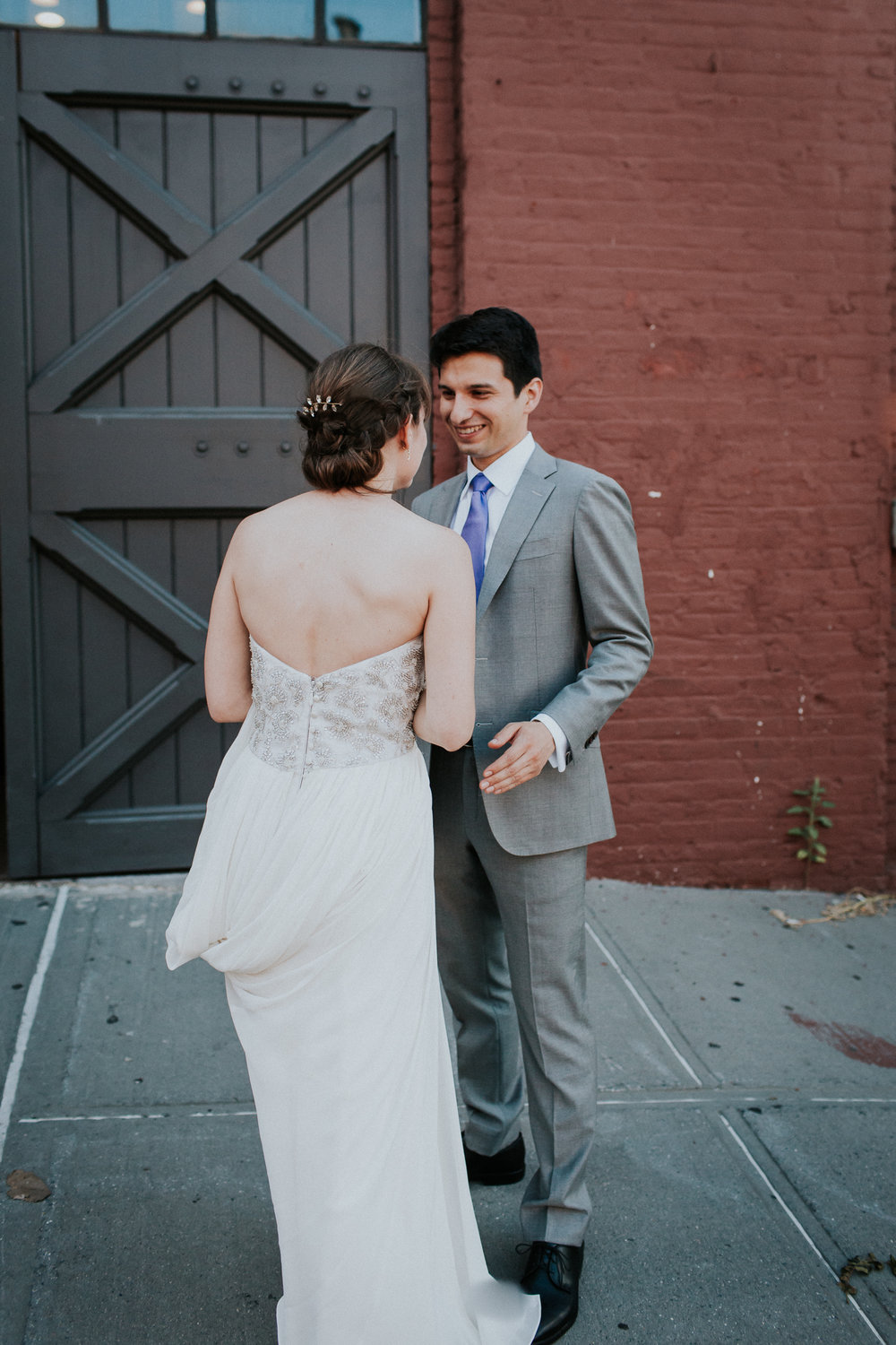 Dinosaur-Inspired-Brooklyn-Wedding-26-Bridge-New-York-Documentary-Wedding-Photographer-12.jpg