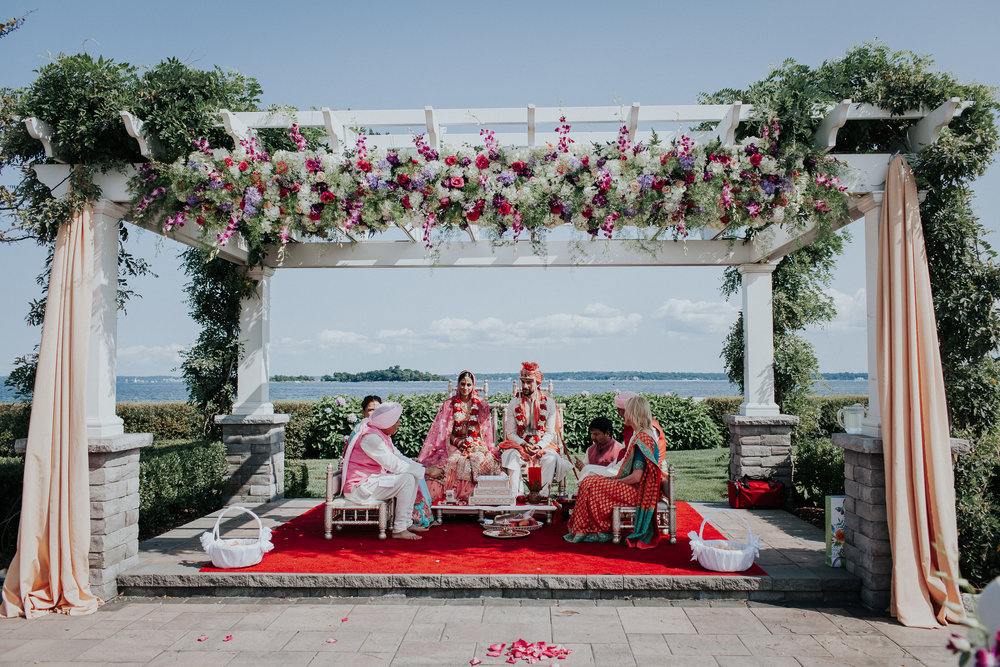 Nadiya-Sherief-Green-Tree-Country-Club-Indian-New-York-Documentary-Wedding-Photographer-66.jpg