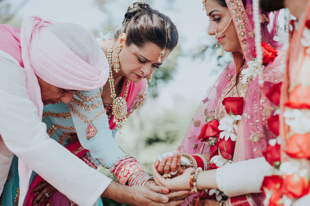 Nadiya-Sherief-Green-Tree-Country-Club-Indian-New-York-Documentary-Wedding-Photographer-78.jpg