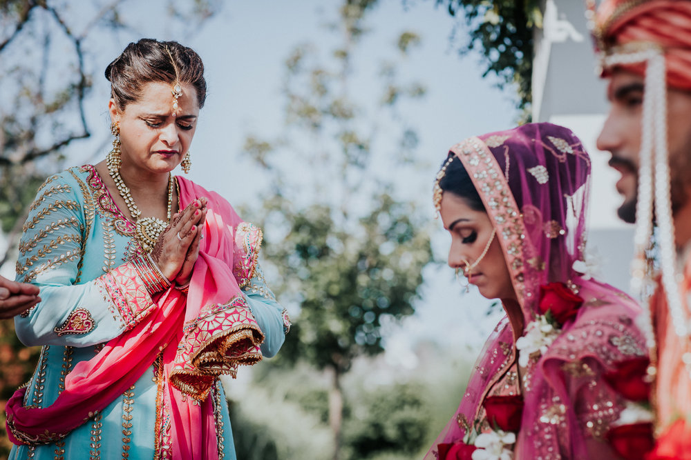 Nadiya-Sherief-Green-Tree-Country-Club-Indian-New-York-Documentary-Wedding-Photographer-79.jpg
