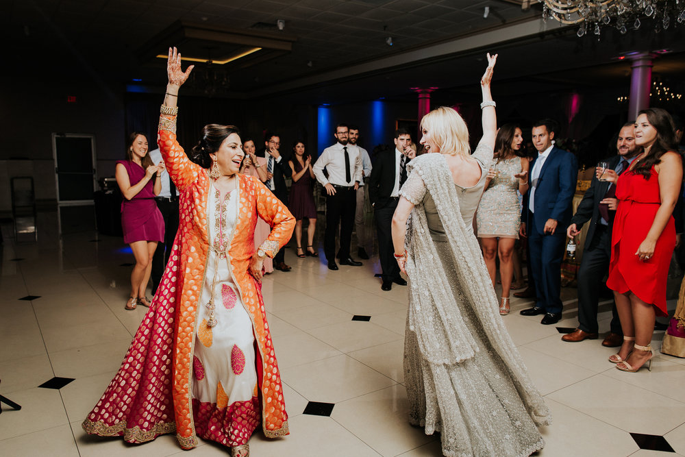 Nadiya-Sherief-Green-Tree-Country-Club-Indian-New-York-Documentary-Wedding-Photographer-124.jpg