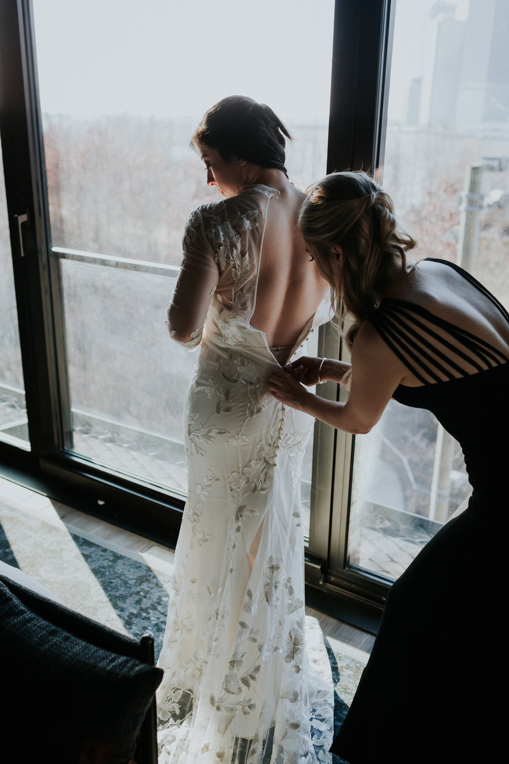 Brooklyn-Winery-Documentary-Wedding-Photographer-Hotel-1-11.jpg
