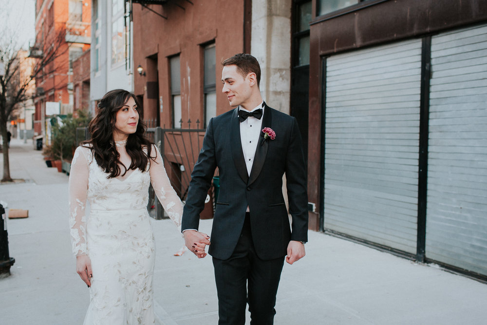 Brooklyn-Winery-Documentary-Wedding-Photographer-Hotel-1-42.jpg