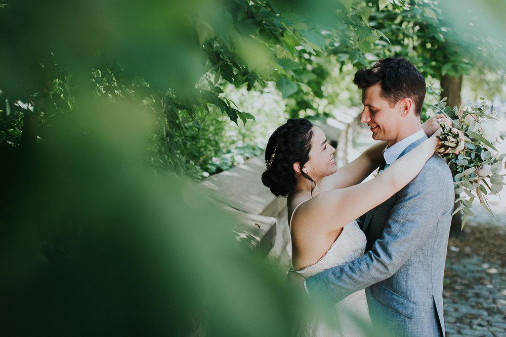 Freemans-Restaurant-NYC-City-Hall-Intimate-Documentary-Wedding-Elopement-Photographer-21.jpg