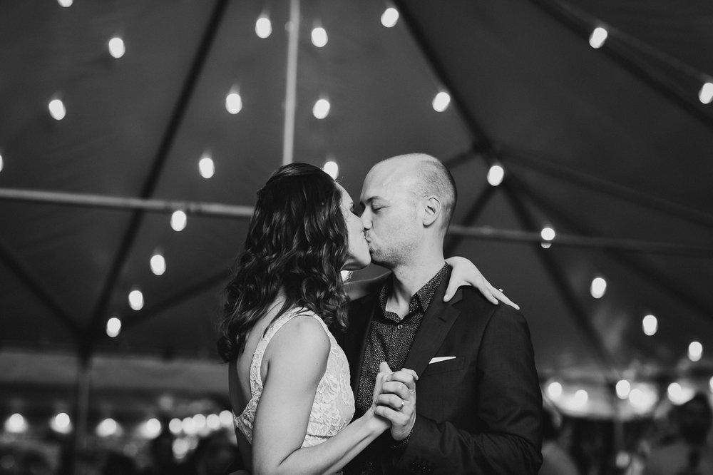 Westchester-New-York-Intimate-Backyard-Garden-Documentary-Wedding-Photographer-12.jpg