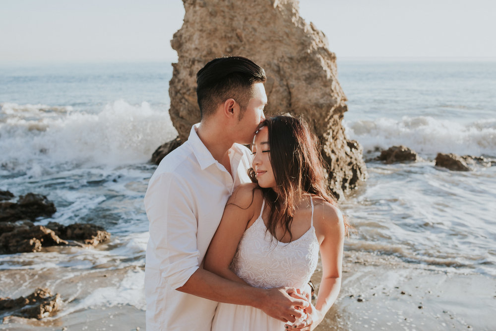 Malibu-El-Matador-State-Beach-Sunset-Engagement-Photos-Los-Angeles-Documentary-Wedding-Photographer-19.jpg