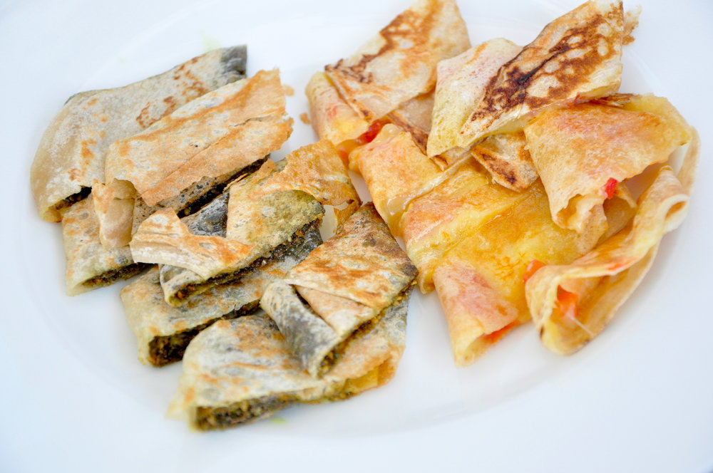 Za'atar Manakesh and Cheese Manakesh.JPG