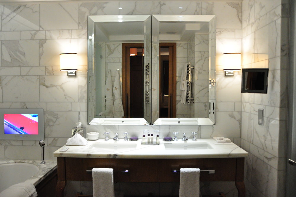 Beautiful Bathrooms with Jacuzzi Bath-Tub and Flat-Screen TV, Walk-in Shower, His & Her Sinks and Pull-Across Shutters for Privacy