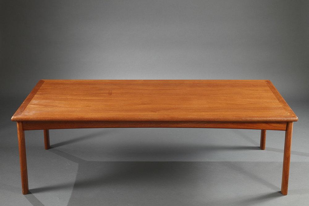 table basse des ann es 60 meubles. Black Bedroom Furniture Sets. Home Design Ideas