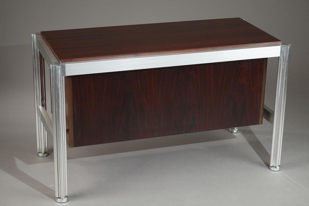 meuble bas de george ciancimino dit par le mobilier international meubles. Black Bedroom Furniture Sets. Home Design Ideas