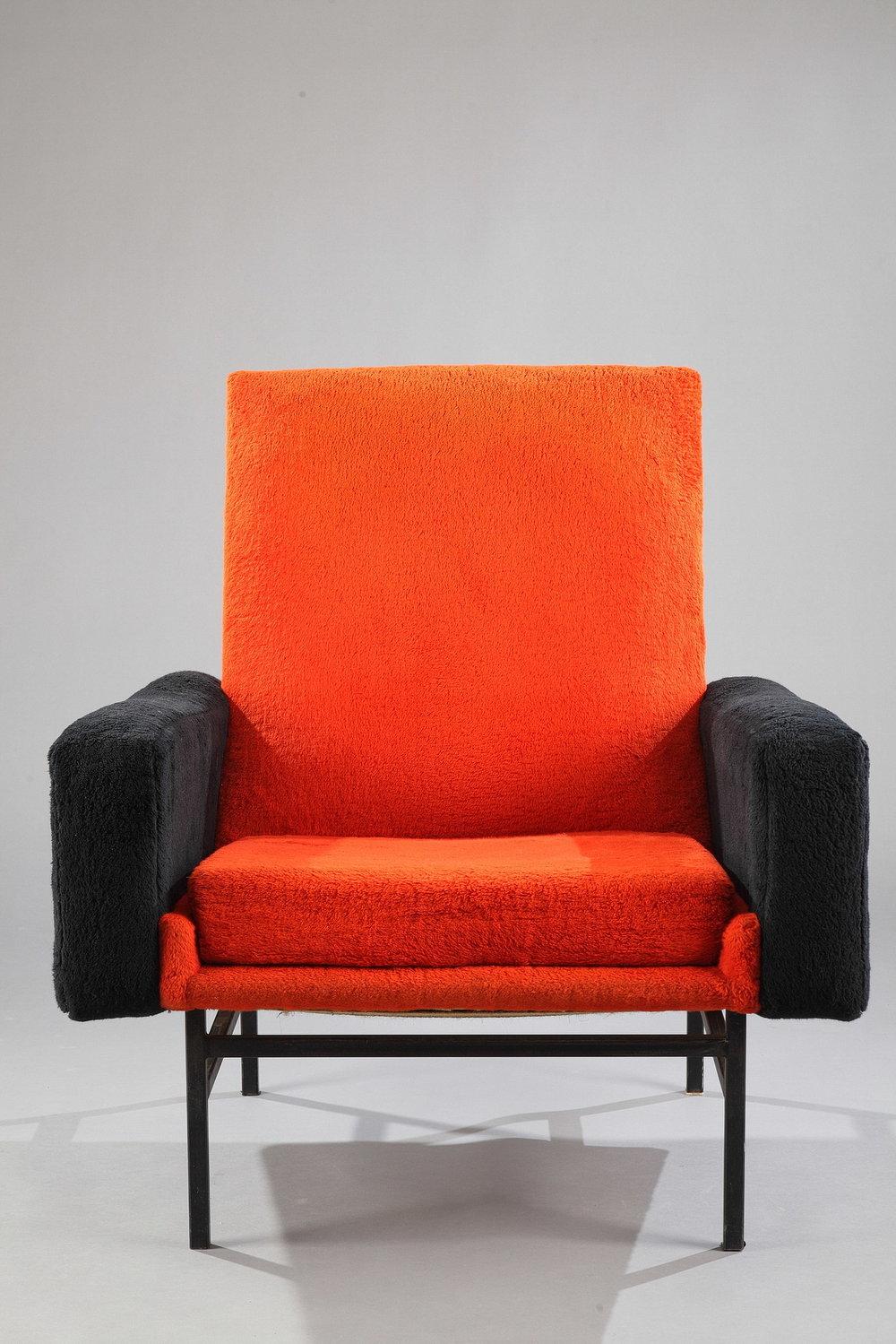 un fauteuil a r p mod le 642 pour steiner meubles. Black Bedroom Furniture Sets. Home Design Ideas