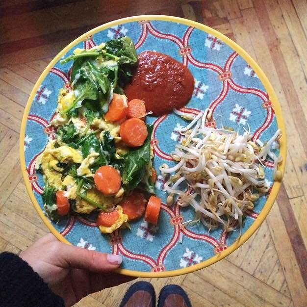 Eggs with spinach, carrot and Paleo BBQ sauce. Bean sprouts with rice vinegar on the side.