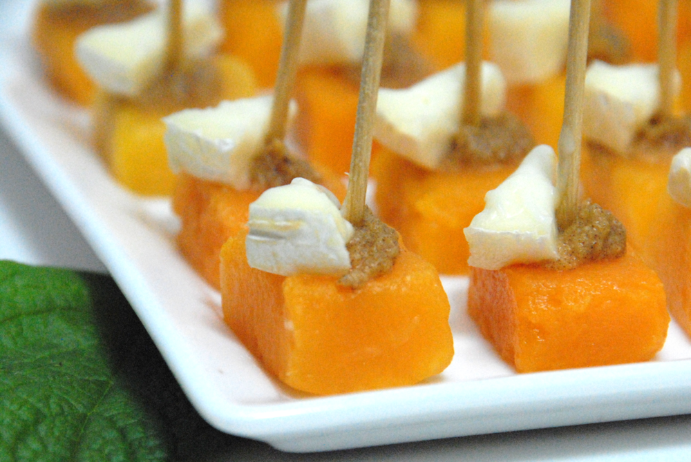 Squash bites with Forte Orange date spread and brie
