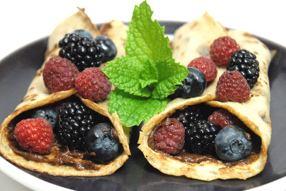 crepes filled with Forte chocolate spread and berries