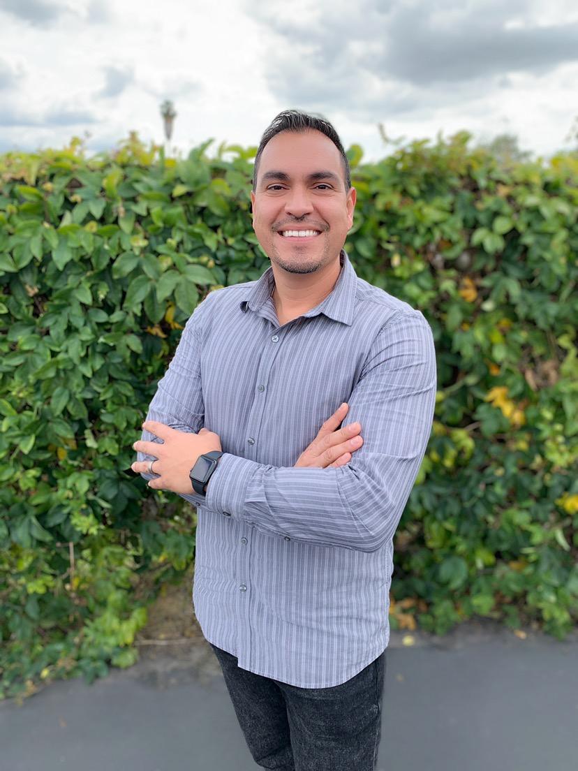 Christian Castro - Lead Pastorchristian@bridgesd.org