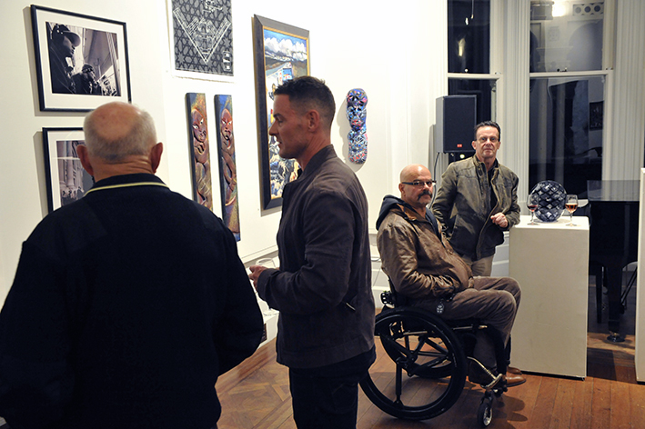 Artist Robin Midgely (second from right)