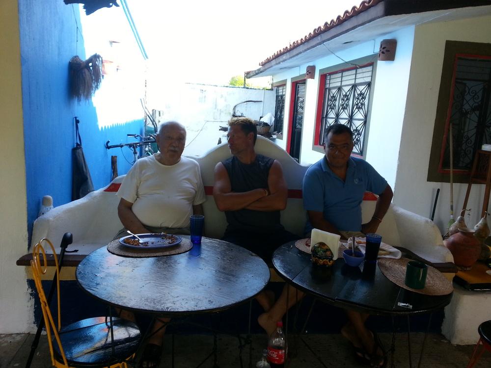 Pepe, Pepe Papa (83 anos) and me