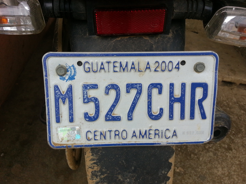 Expired tag,  bald tire...no hay problema