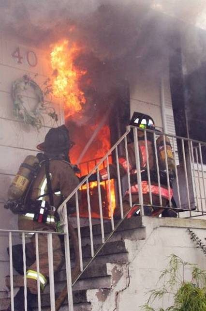 http://www.fireengineering.com/articles/2014/01/ventilation-limited-fire-keeping-it-rich-and-other-tactics-based-off-science.html