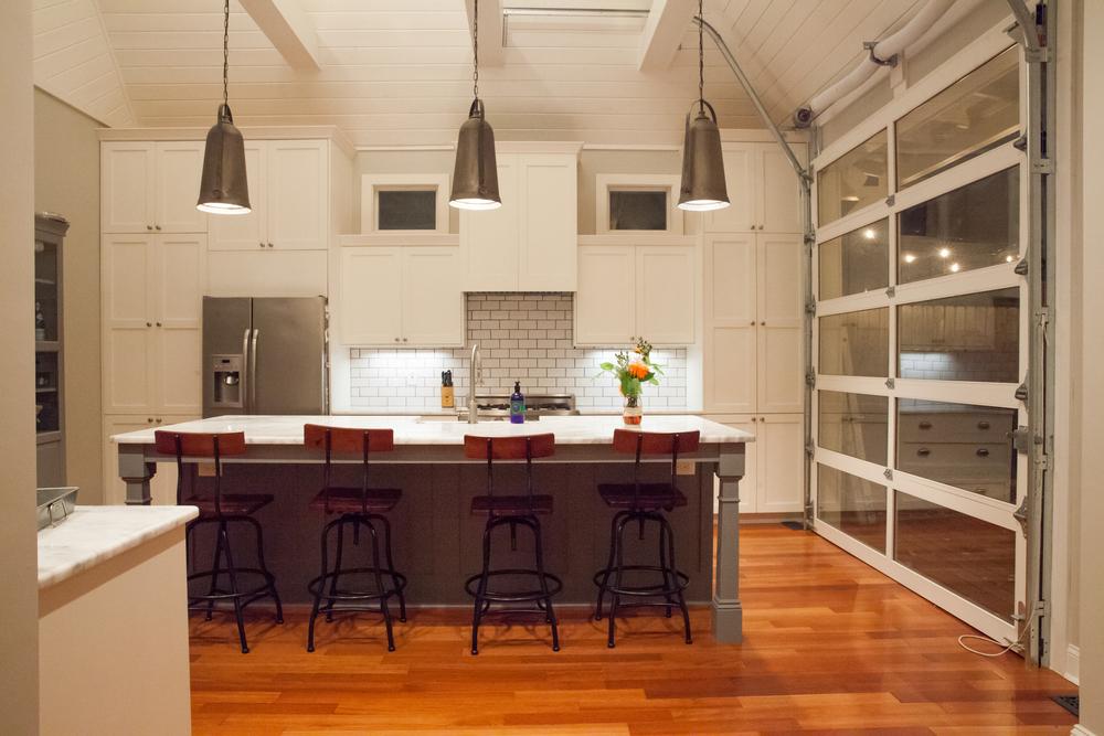deSouza Kitchen / PassThePretty.com