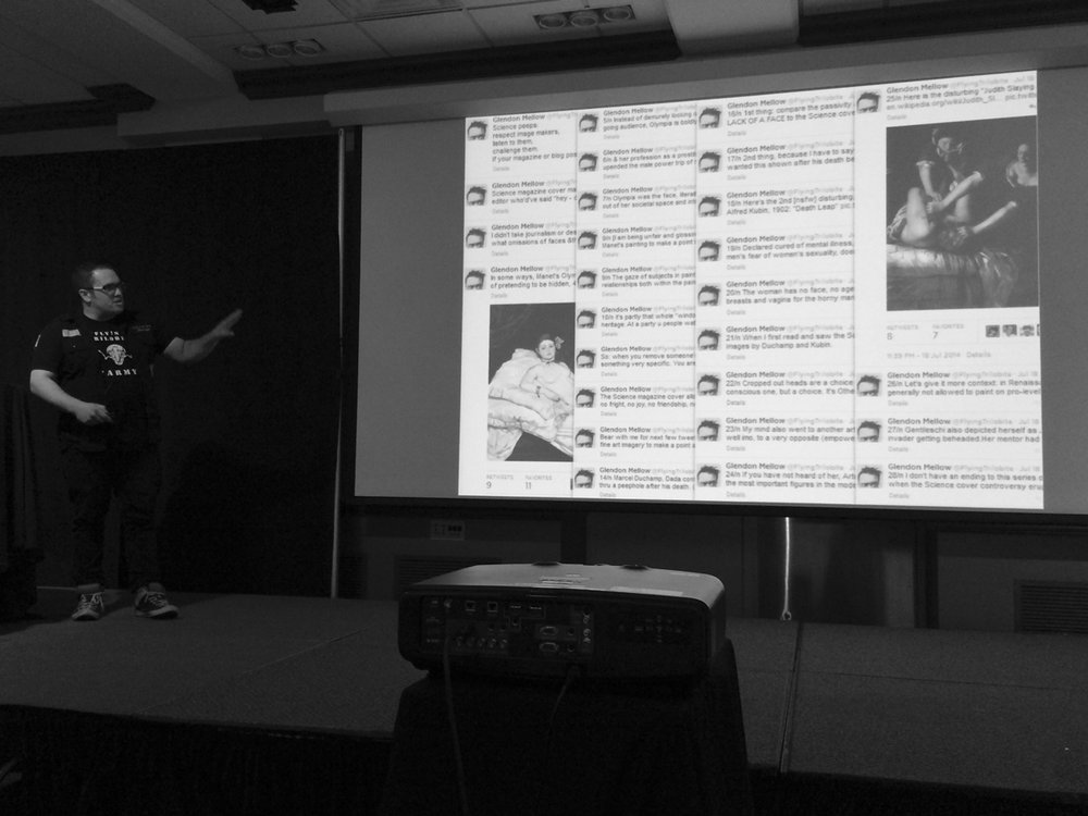 Talkin' Twitter at the Association of Medical Illustrators. Thanks to Julie Saunders for the photo!