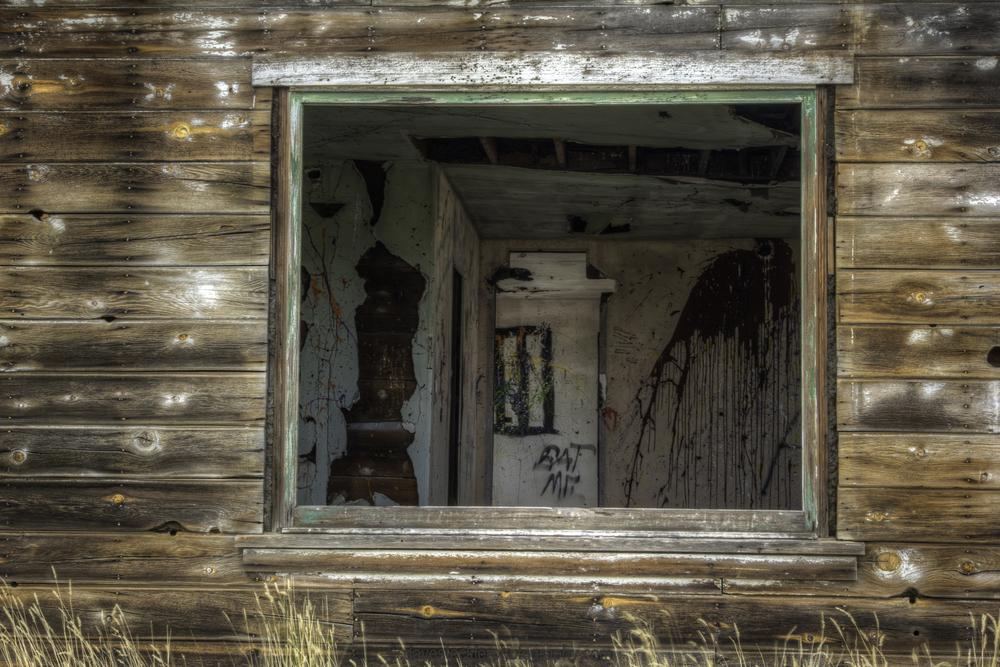 Old House 9097-43-44-45.jpg