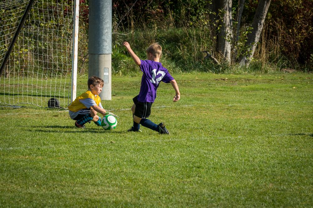 Finn Soccer 100315 L46A8456-27_.jpg