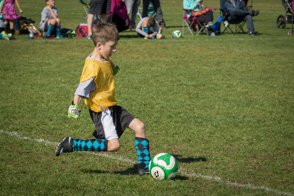 Finn Soccer 100315 L46A8628-199_.jpg