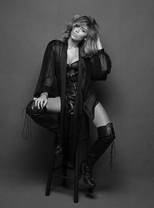 Miley-Brian-2-bw.jpg