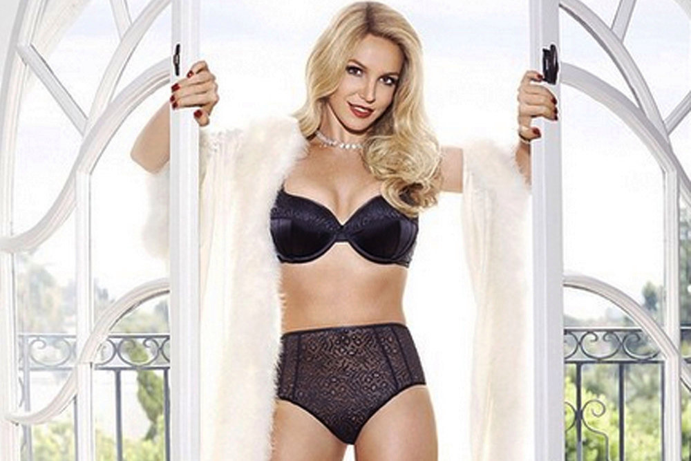 Britney-LingerieFall-2.jpg