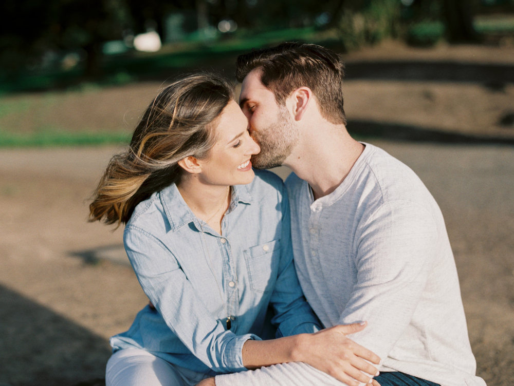 alamo-square-san-francisco-engagement-film-photography