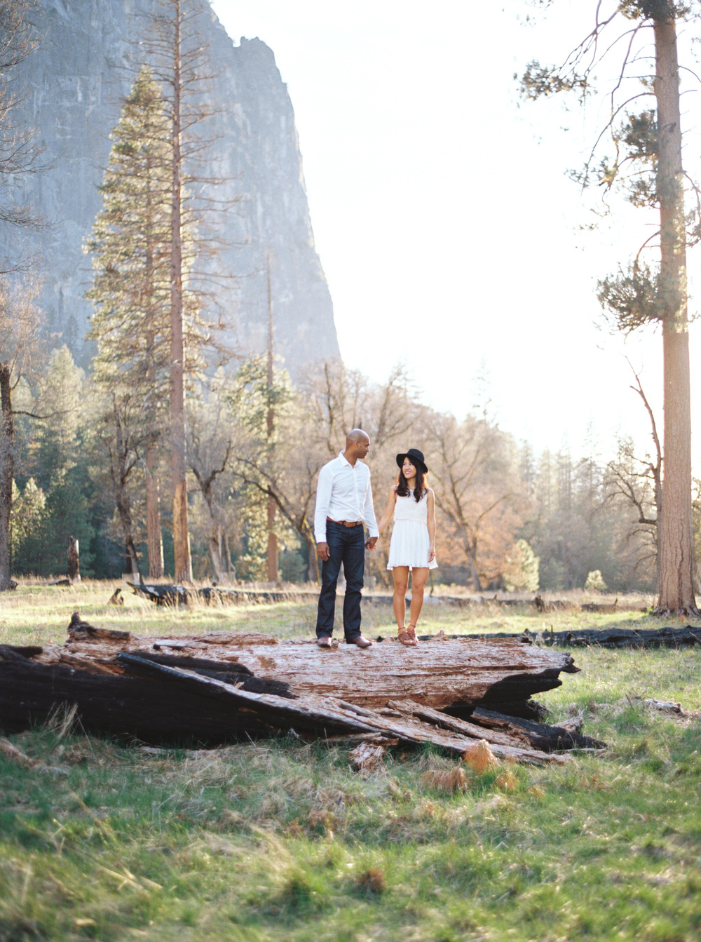 -Yosemite-national-park-engagement-photography-film.jpg