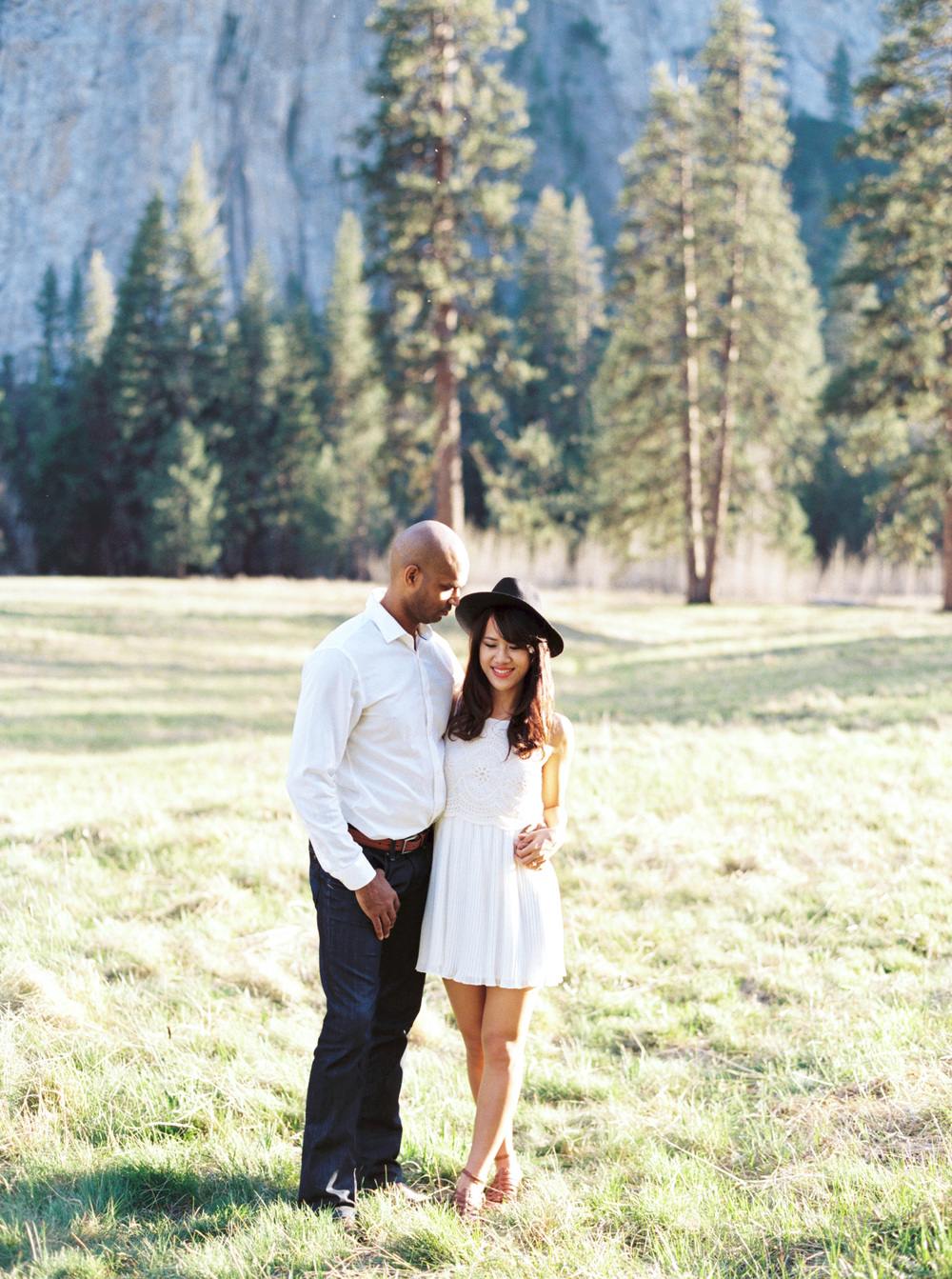 Yosemite-engagement-photography-film.jpg