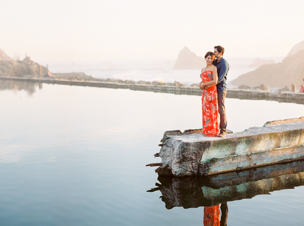 Sutro-Baths-San-Francisco_Engagement-Photography-13.jpg